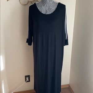 Casual Black Pullover Dress